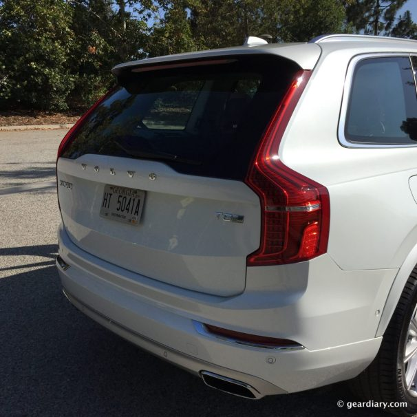 2016 volvo xc90 test drive two versions of one luxurious new midsize suv gear diary. Black Bedroom Furniture Sets. Home Design Ideas