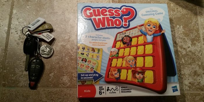 GuessWhoGameBox