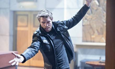 """The Flash Episode 15, Season 1 """"Out of Time"""" Review"""