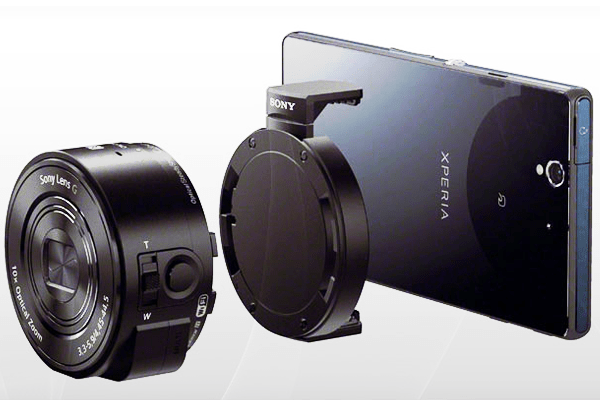 Ohh snap, Sony just announced a snazzy pair of smart lens-style cameras & I'm totally sporting some techy-wood.