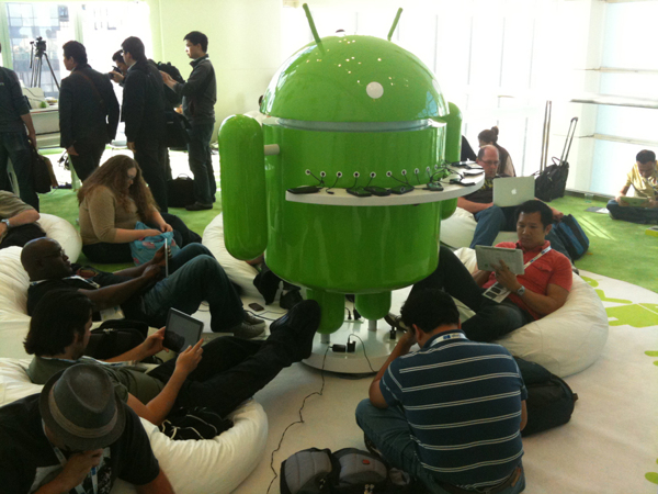 Android Charging Station 2