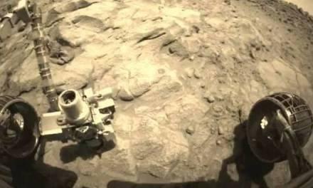 Alrededor de Marte en 3 minutos a bordo del robot Spirit de la NASA
