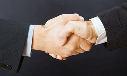 Crea y desarrolla tu negocio en el internet con el soporte de LinkedIn, Facebook y Twitter
