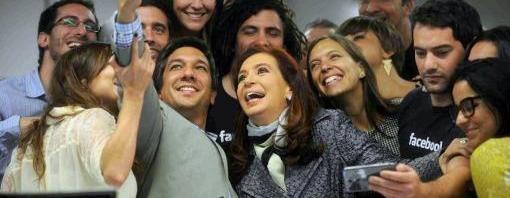 La presidenta Cristina Fernández de Kirchner en las oficinas de Facebook Argentina