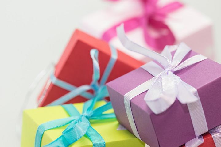 gifts-pixabay