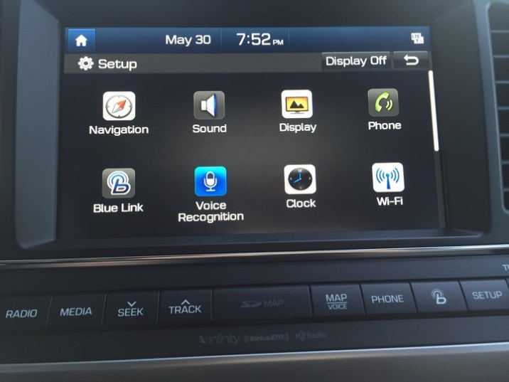 Hyundai-Elantra-Limited-2017-42