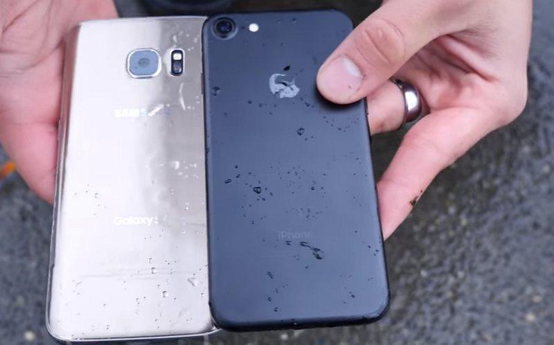 Samsung Galaxy S7 - iPhone 7 - Waterproof
