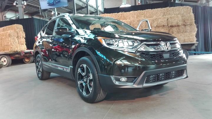 Honda presenta la quinta generación de su SUV compacta, Honda CR-V 2017, totalmente renovada