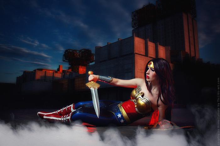 Overwatch Wallpaper Girls Injustice Wonder Woman Cosplay