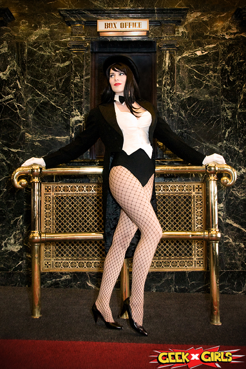 Hd Dark Quotes Wallpapers Zatanna Cosplay Hot