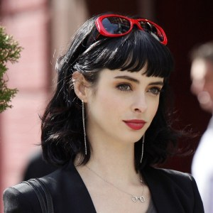 krysten-ritter-celebrity-hd-wallpaper-1920x1200-2231
