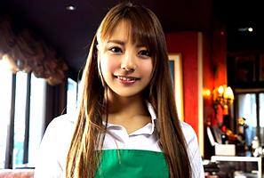 カフェで働くモデル女子大学生のバイト帰りを狙って3H本番☆ 河南実里
