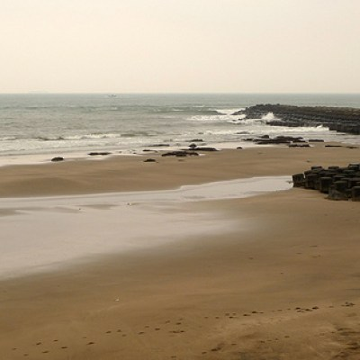 empty sea coast