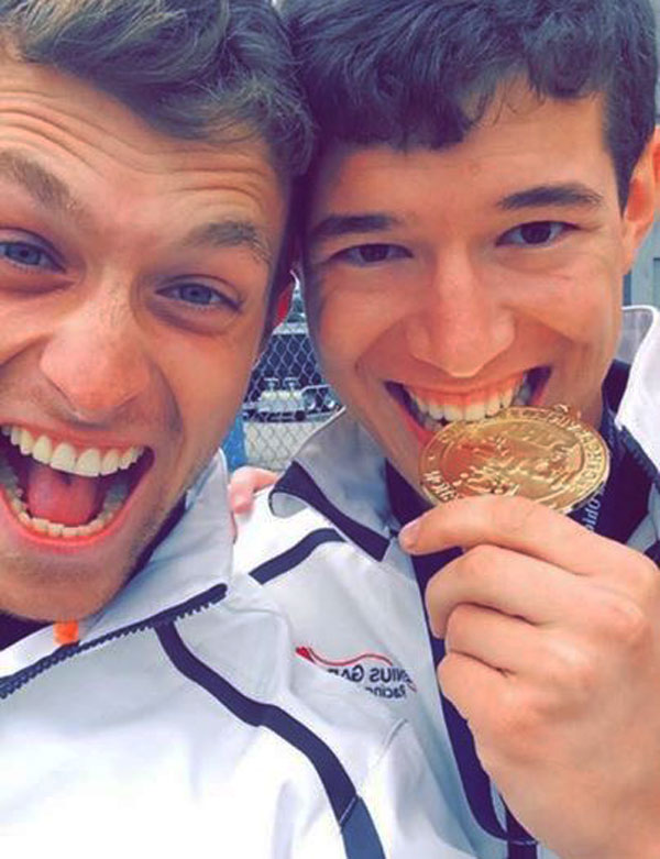 Max and Chris selfie; Chris confirms that the gold is real!