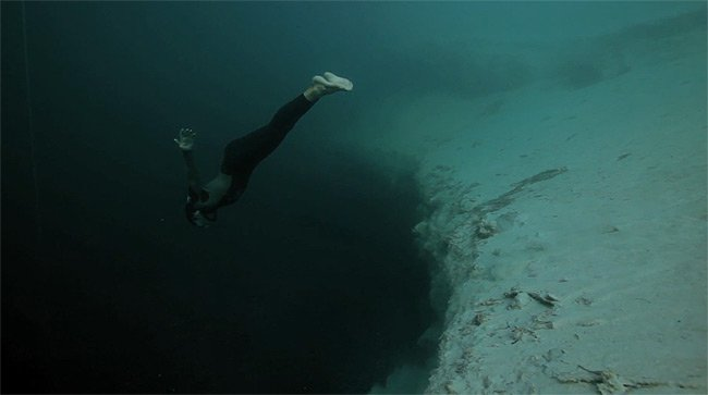 Beer Wallpaper Hd Underwater Base Jumping Video I Like To Waste My Time