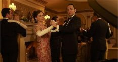 Alison Brie (Trudy) and Vincent Kartheiser as Pete Campbell.