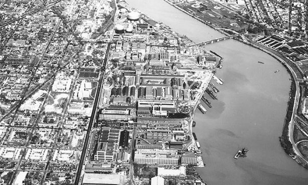 The Washington Navy Yard on the Anacostia River located in Washington D.C.: Naval Historical Center