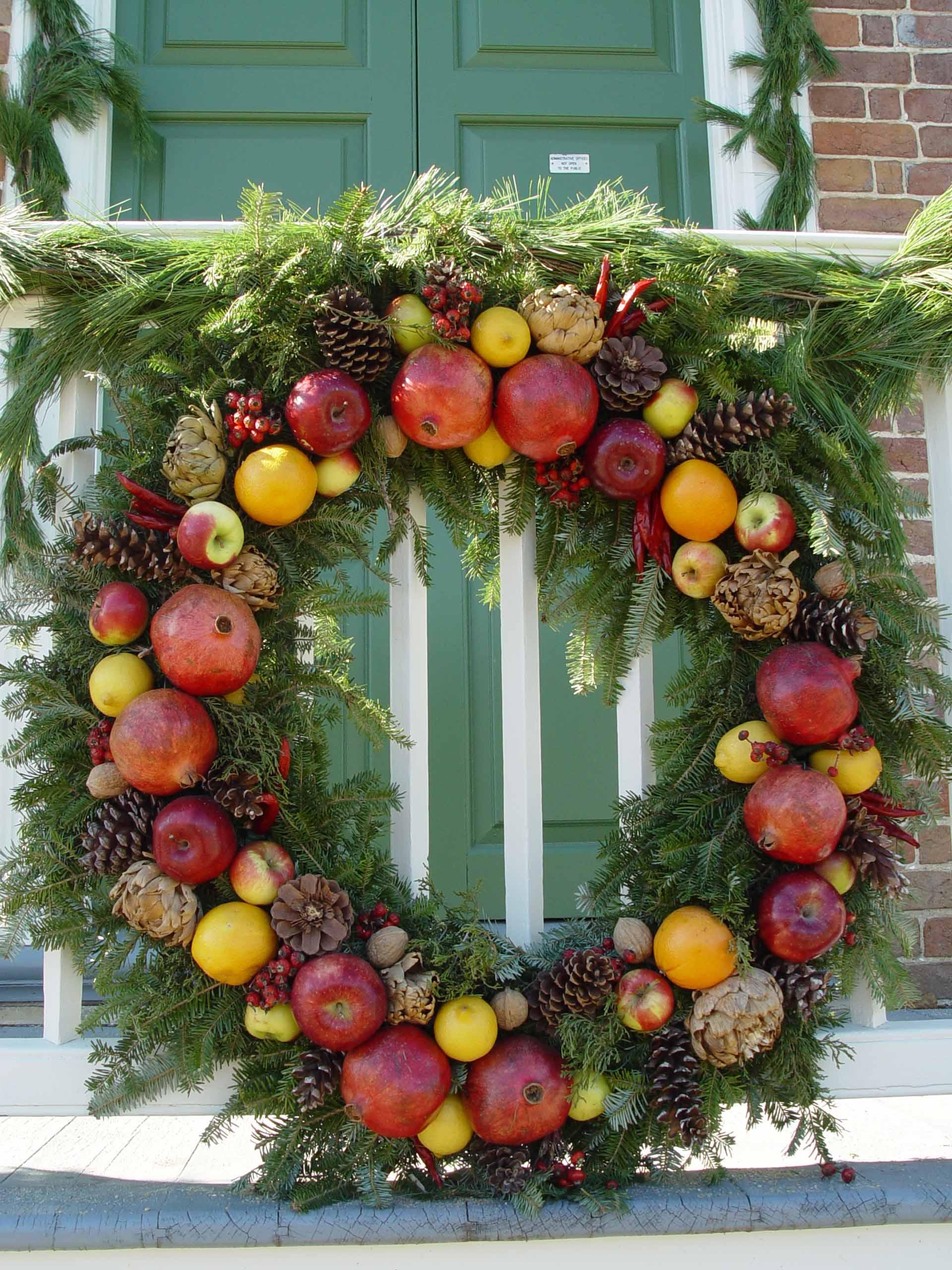 Fall Decor Wallpaper Top 8 Williamsburg Christmas Wreaths Garden Housecalls