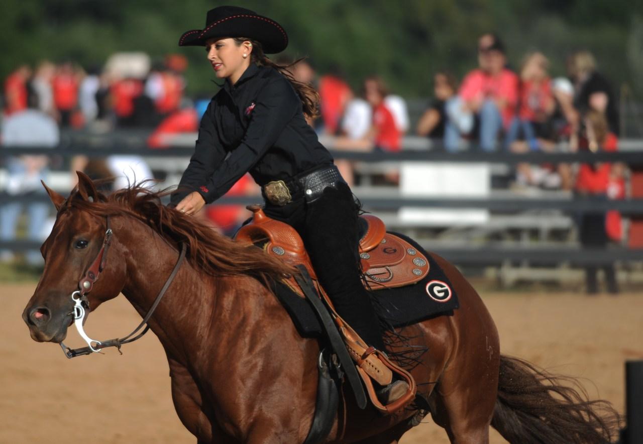 UGA equestrian rider competes