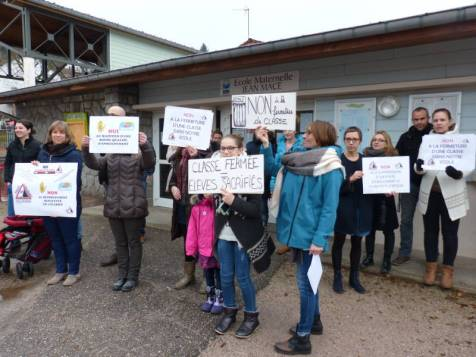 Manifestation école Jean Macé
