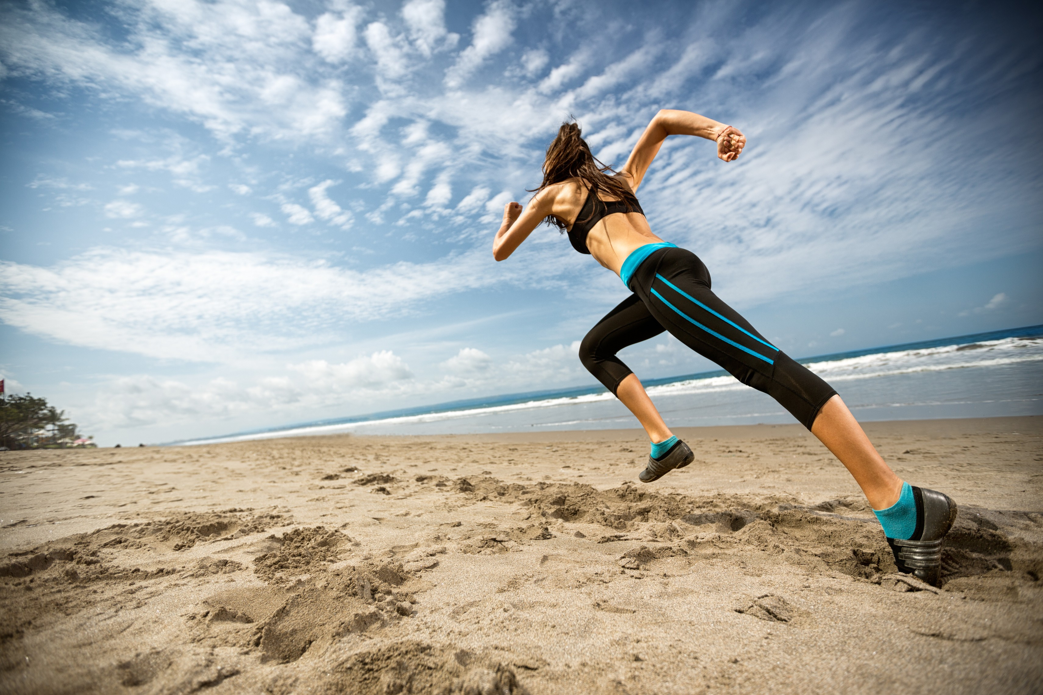 Jumping Fitness Wallpaper Sports Women Sea Jumping Beach Fitness