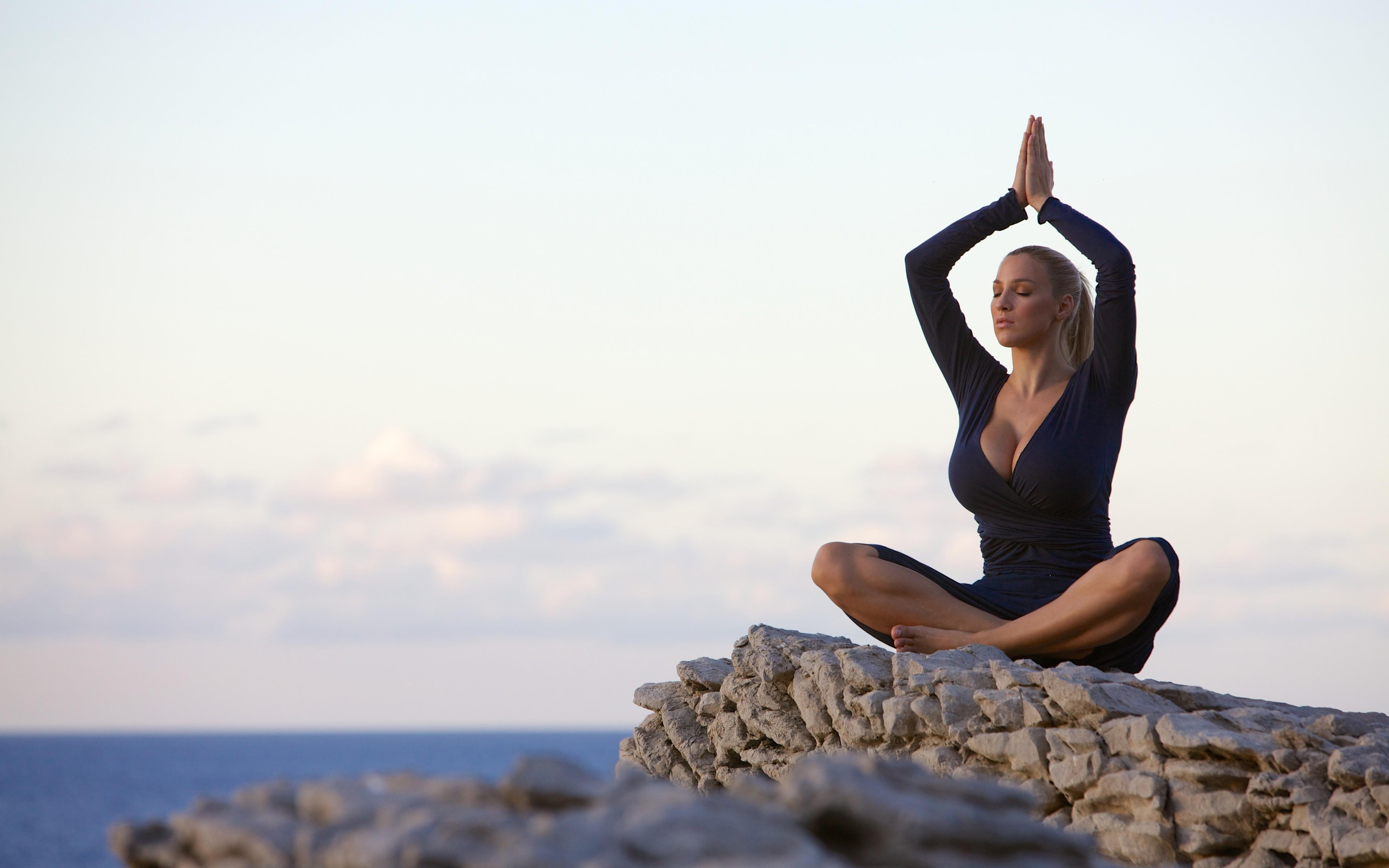 Free Country Girl Wallpaper Free Downloads Wallpaper Women Jordan Carver Big Boobs Yoga