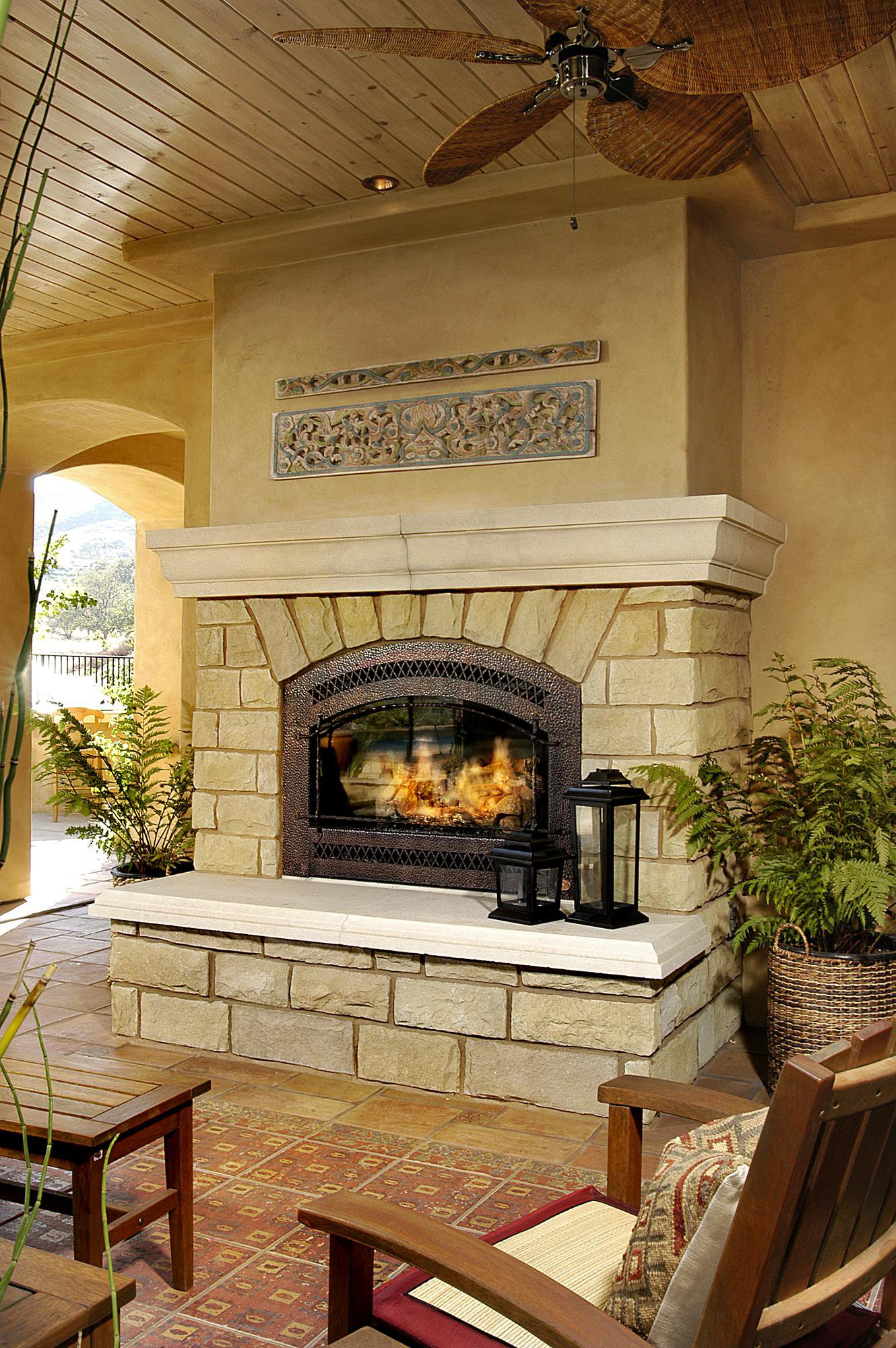 Fireplaces With Stone Surrounding Stone Fireplaces