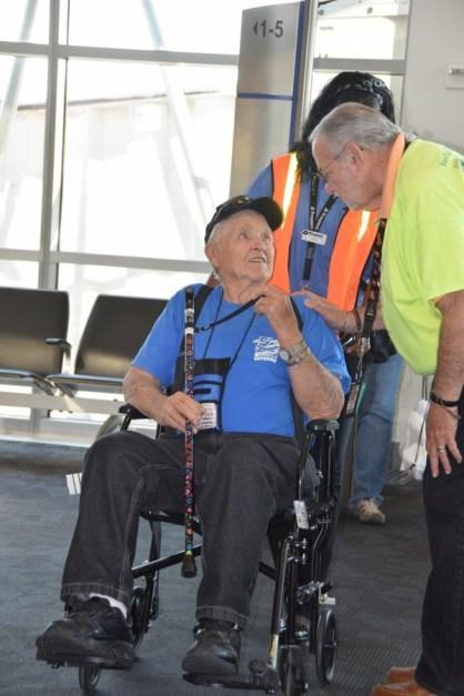 UTah Honor Flight Arrival at BWI