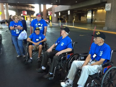 Getting off the Bus LAS Utah Honor Flight
