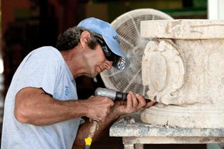 ias-robert-carving