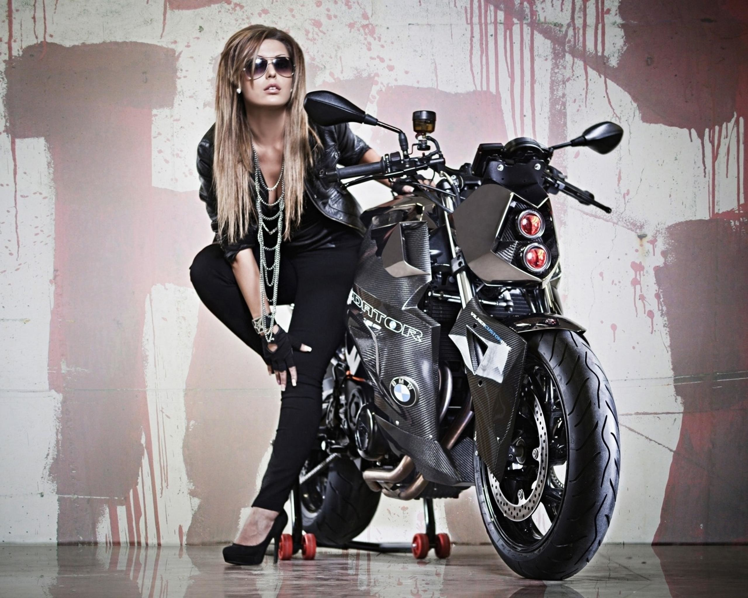 Cute Lady Wallpaper Hd Hd Wallpapers Motorcycles And Girls 70 Images