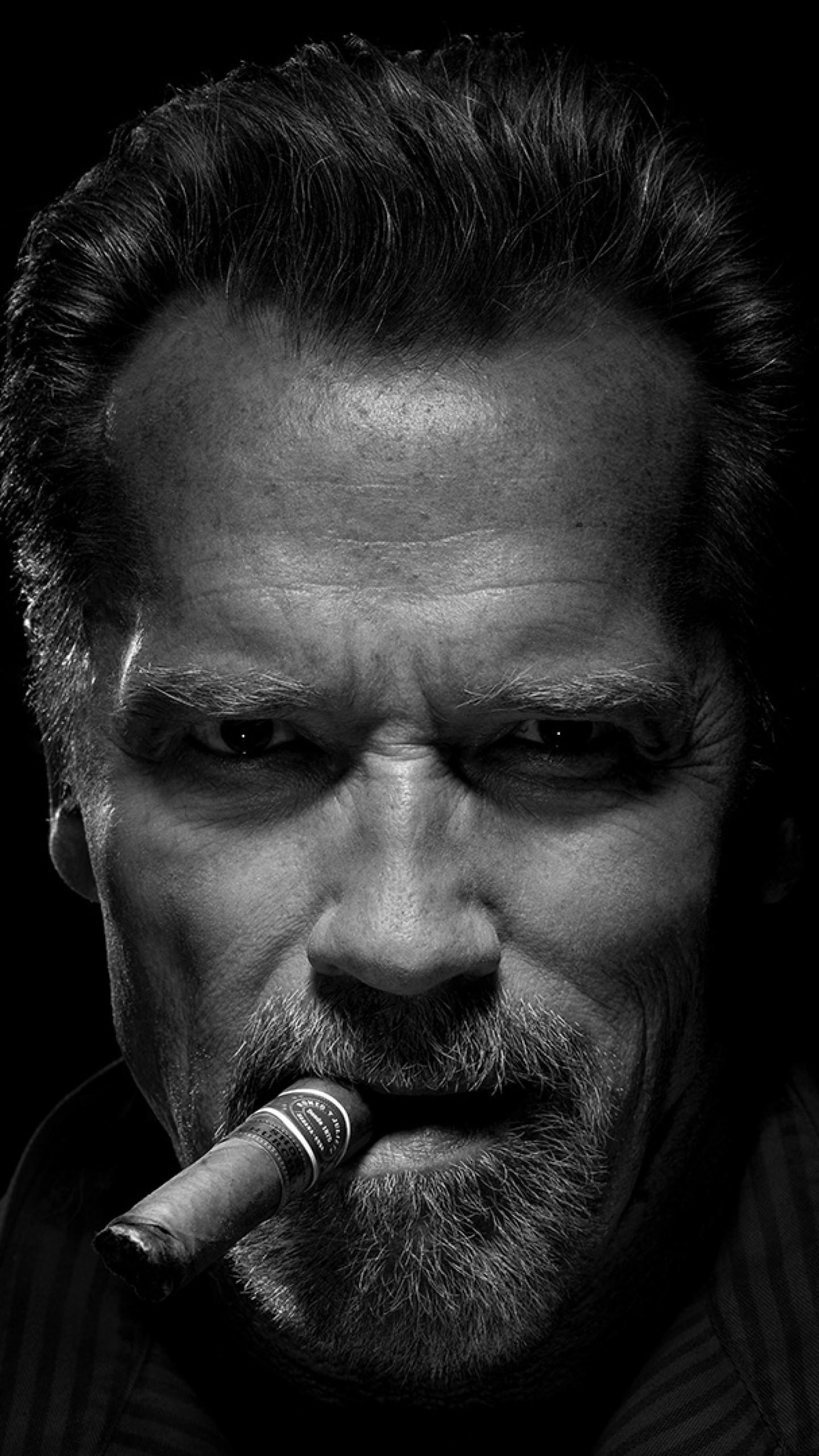 Iphone 4 Car Wallpapers Arnold Schwarzenegger Wallpaper 75 Images