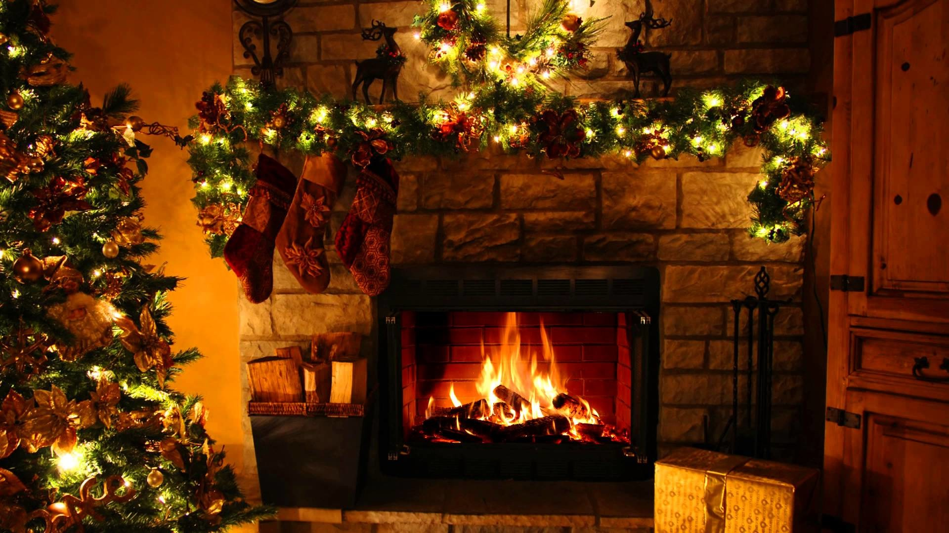 Falling Snow Wallpaper Animated Iphone Christmas Fireplace Wallpaper 57 Images
