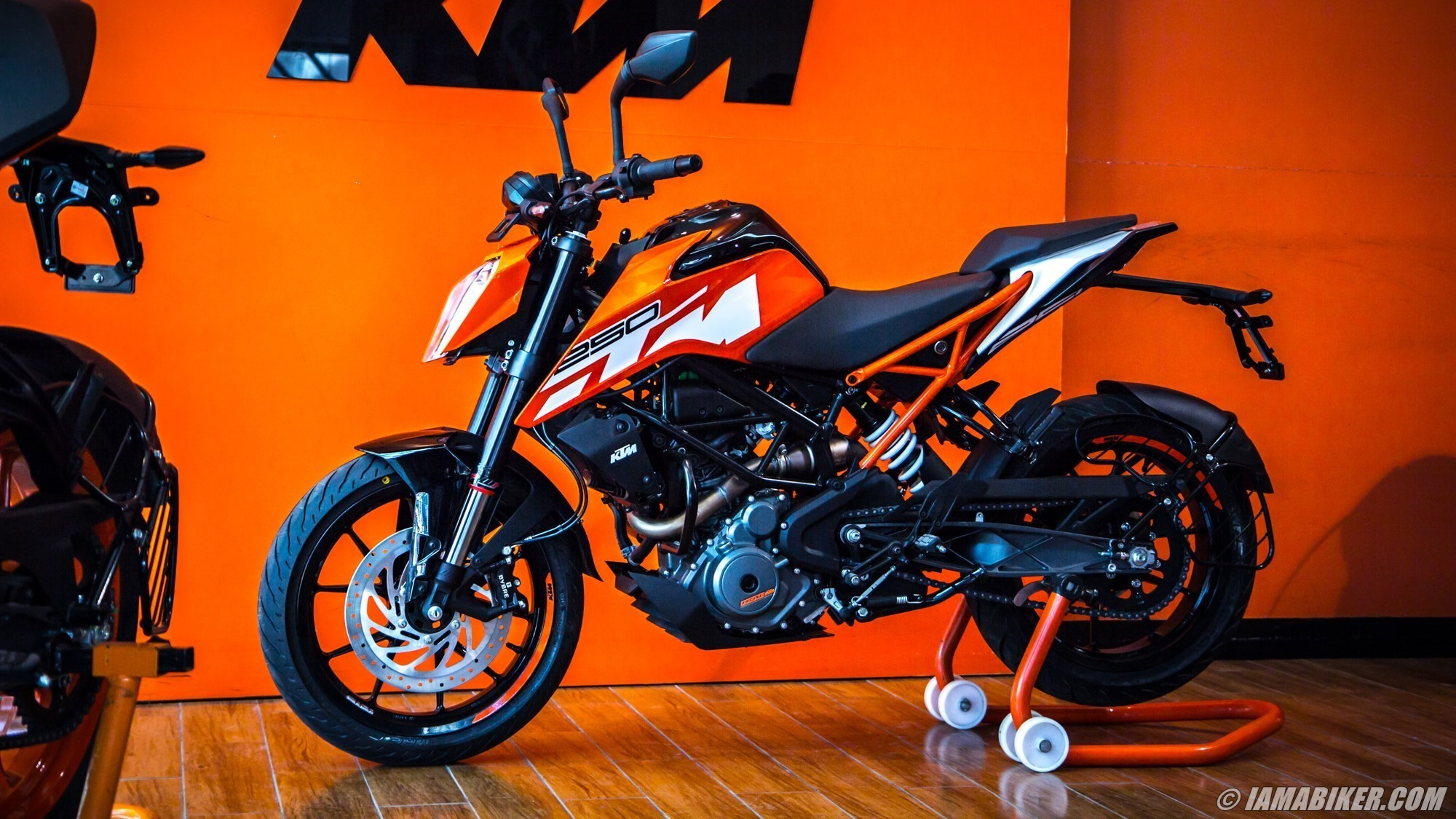 Rcb Hd Wallpapers Free Download Ktm Duke Bike Hd Wallpapers 85 Images
