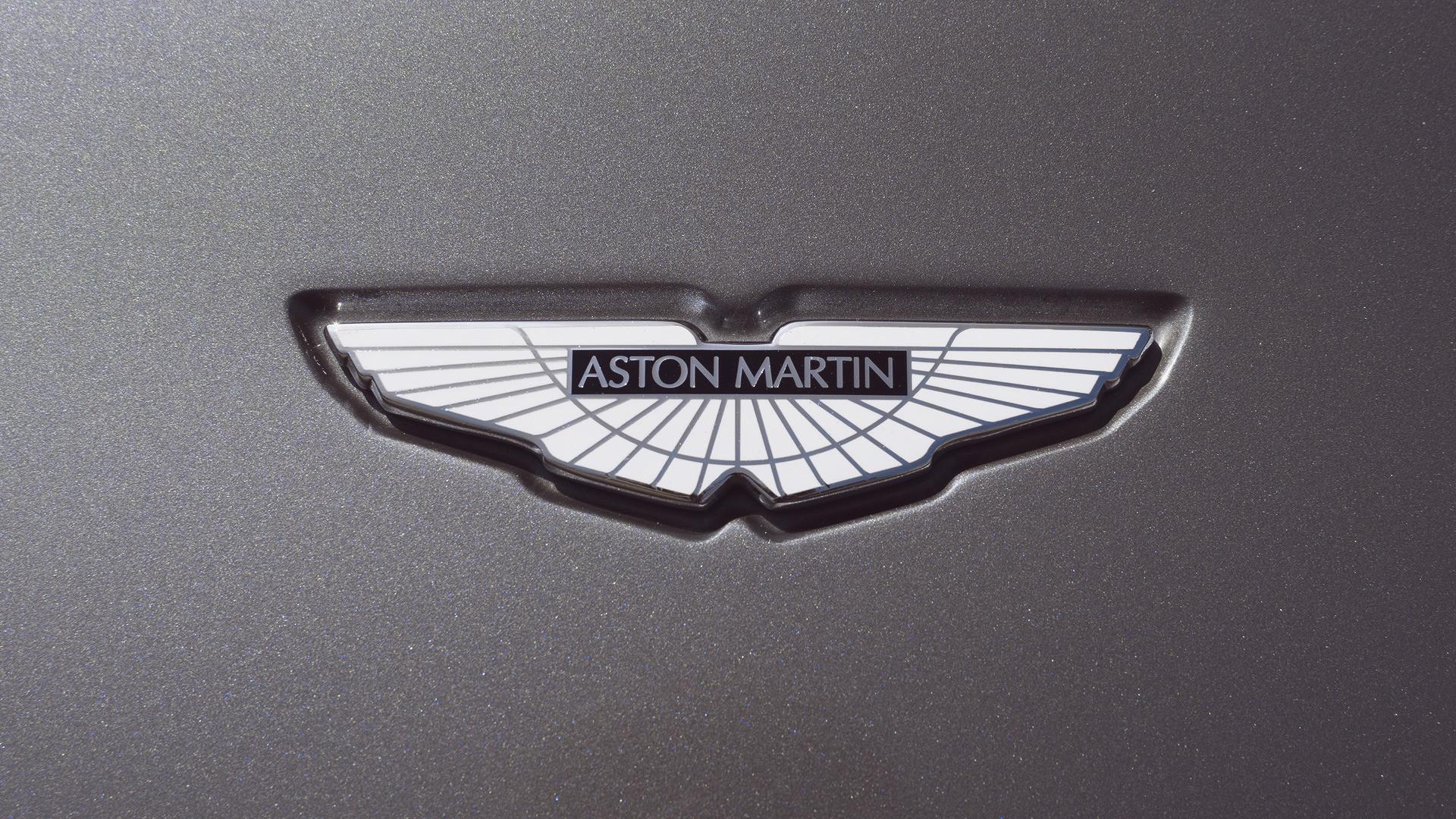 Car Wheel Iphone Wallpaper Aston Martin Logo Wallpapers 55 Images