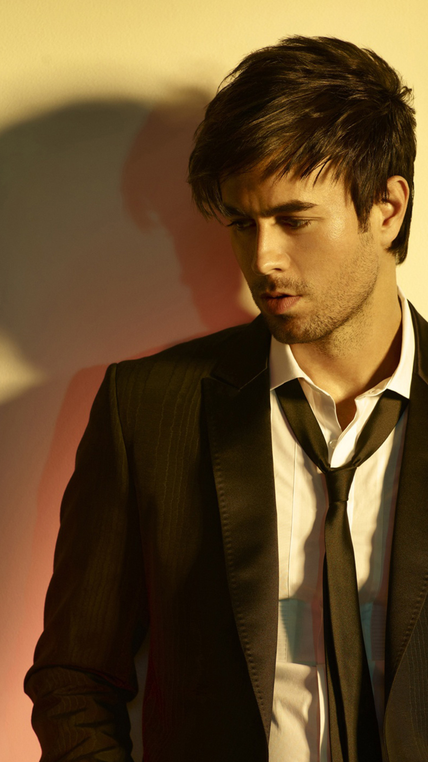 Fall Hd Wallpaper Iphone Enrique Iglesias Wallpapers 66 Images
