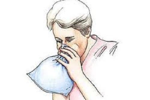 Почему нужно дышать в бумажный пакет, чтобы успокоится?