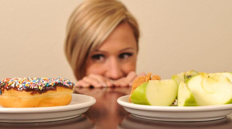 kak-spravitsia-s-cuvstvom-goloda-esli-vi-na-diete