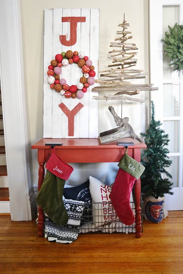 80 DIY Christmas Decorations - Easy Christmas Decorating Ideas - christmas home decor ideas