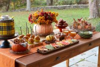 27 Easy Thanksgiving Centerpieces for Your Holiday Table ...
