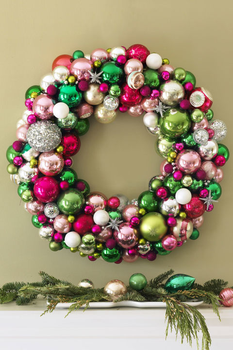 7 Christmas Wreath Ideas - How to Make a Christmas Wreath - christmas wreath decorations