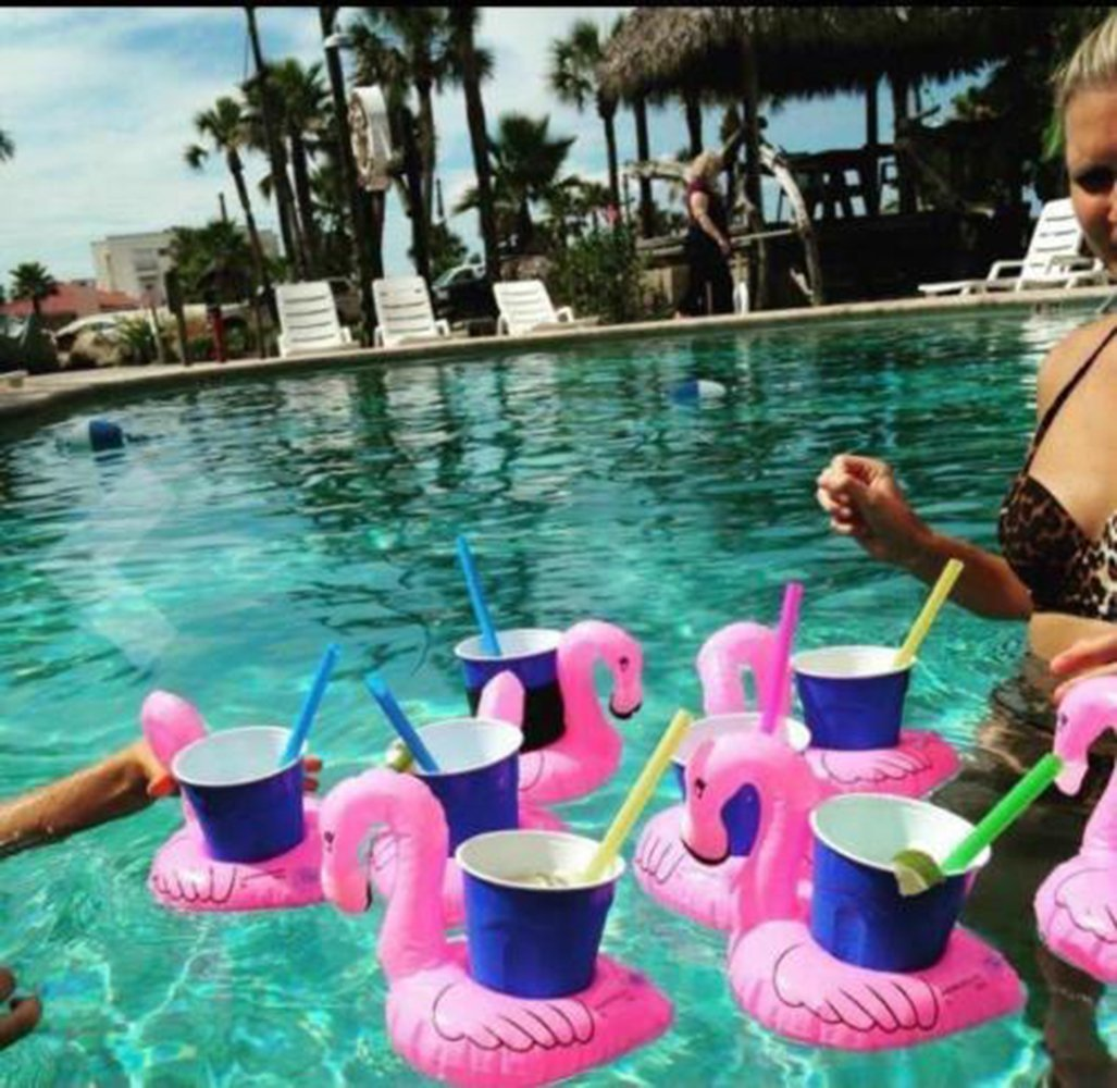 Flamingo Pool Dates 21 Gifts Ideas For The Flamingo Lover In Your Life To Get