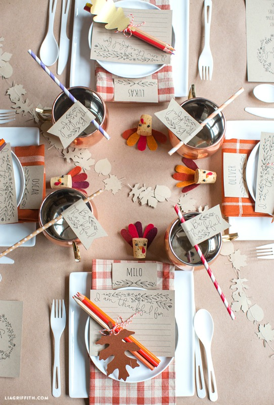 Kids Thanksgiving Table Ideas - Giggles Galore