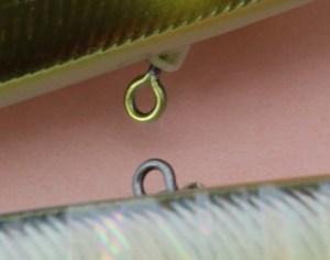 フックアイにローリングスイベルを採用して、ファイト中のバラシを軽減している。