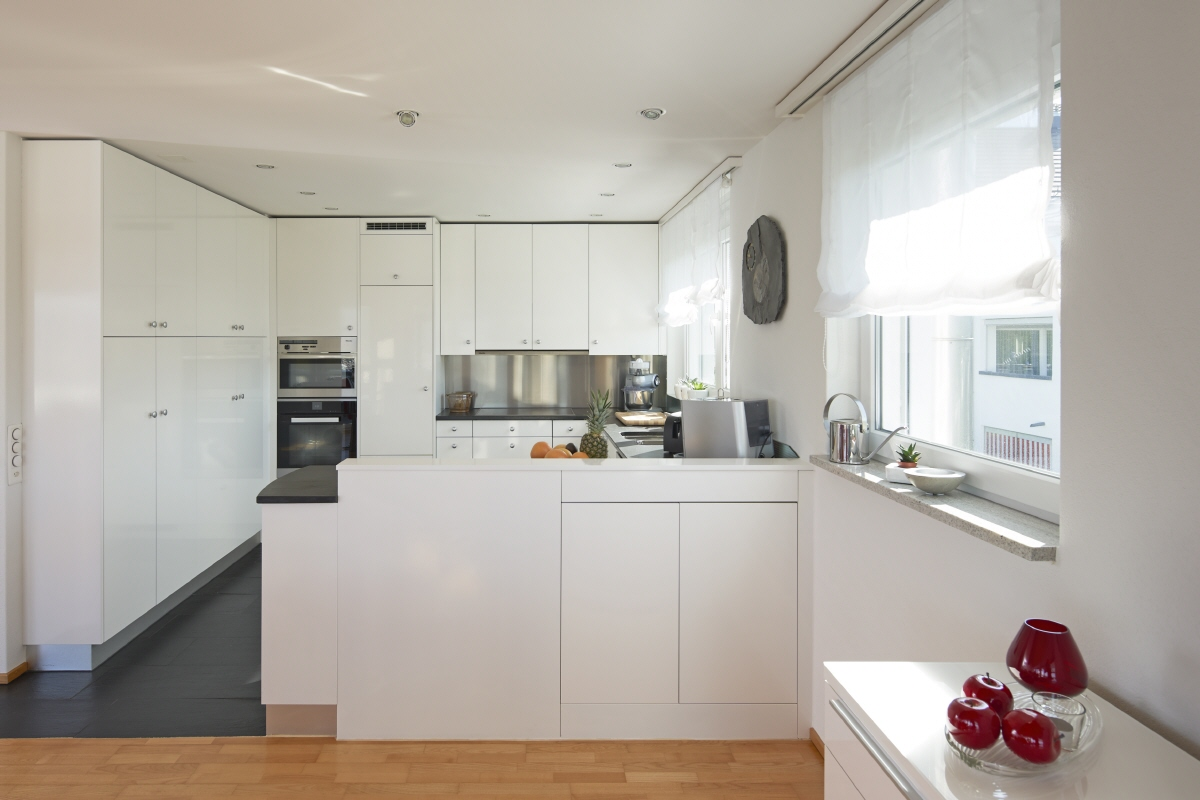 Kueche Interior Design Resources Up In The Eagle S Next Maisonette With Large Terrace And
