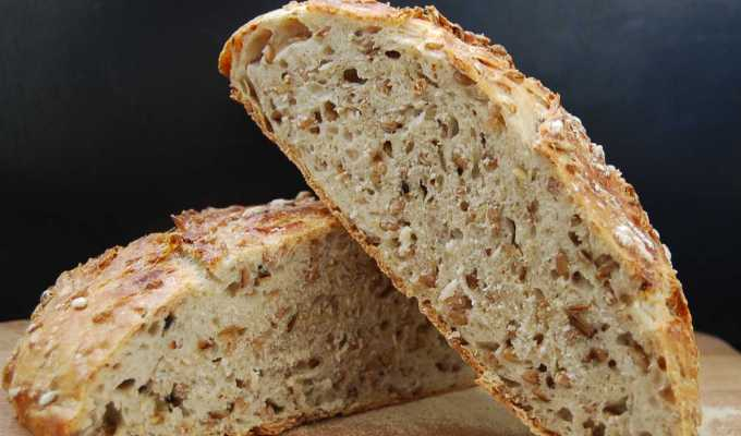 Literally No-knead Sourdough Bread with Rye, Oats and Spelt