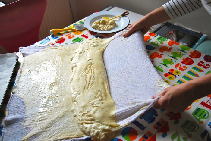 Strudel pastry rolling 1
