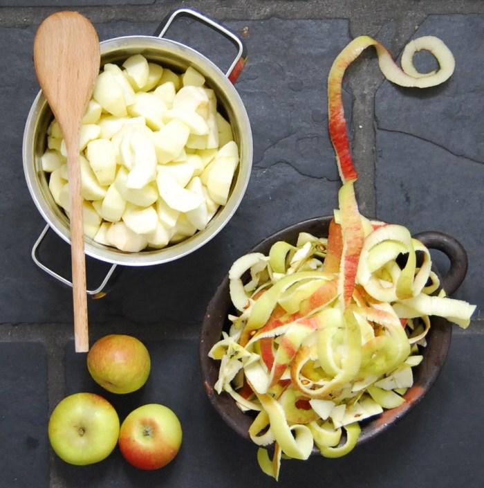 Steamed Apple prep