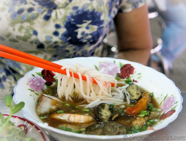 Bun Mam in An  Dong Market
