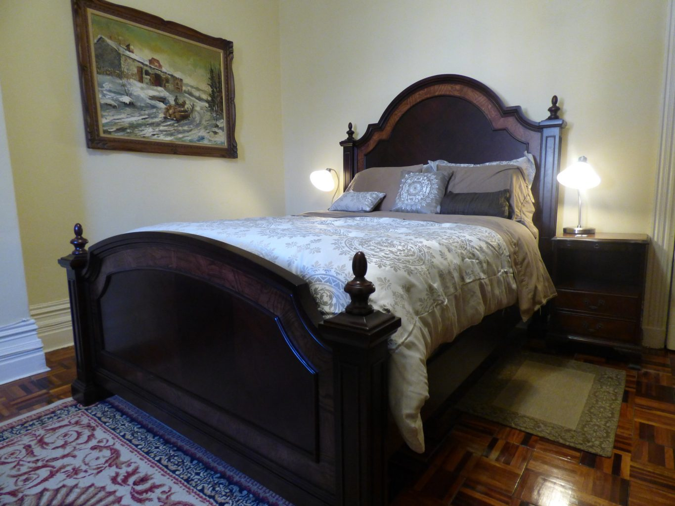 Four Poster Queen Bed Cartier Bed And Breakfast In Montreal Gingerbread Manor